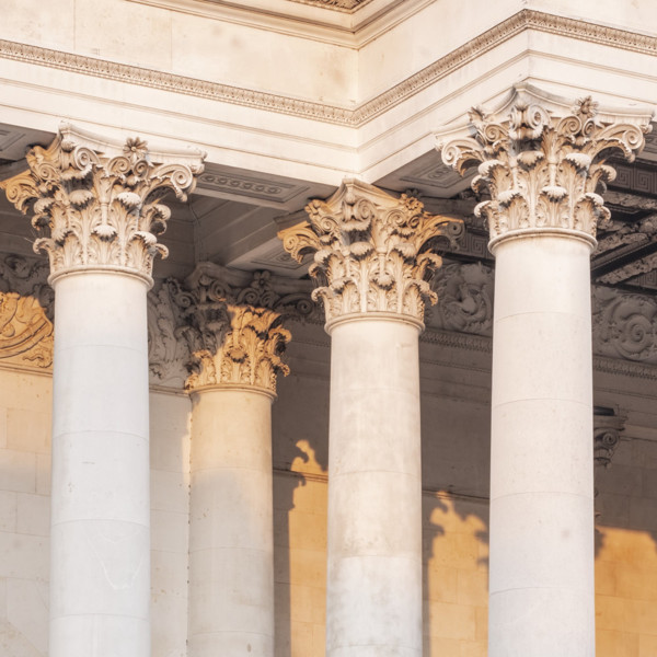 Picture of Fitzwilliam Museum, Cambridge: detail of the columns surrounding the entrance portico