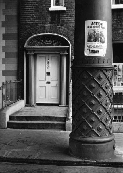 Picture of 57 Lower Gardiner Street, Dublin: doorway