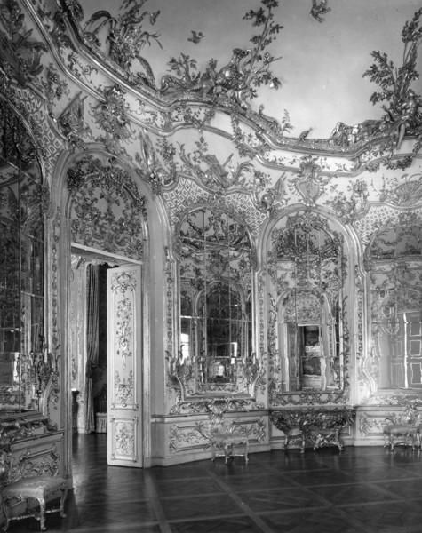 Picture of Amalienburg, Schloss Nymphenburg, Munich: the Hall of Mirrors (Spiegelsaal)