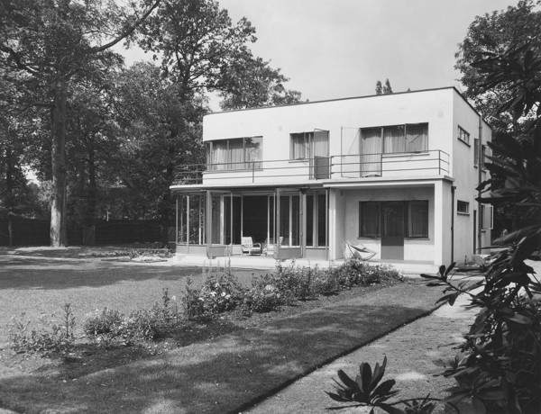 Picture of 55 Victoria Drive, Wimbledon, London: the south, garden front