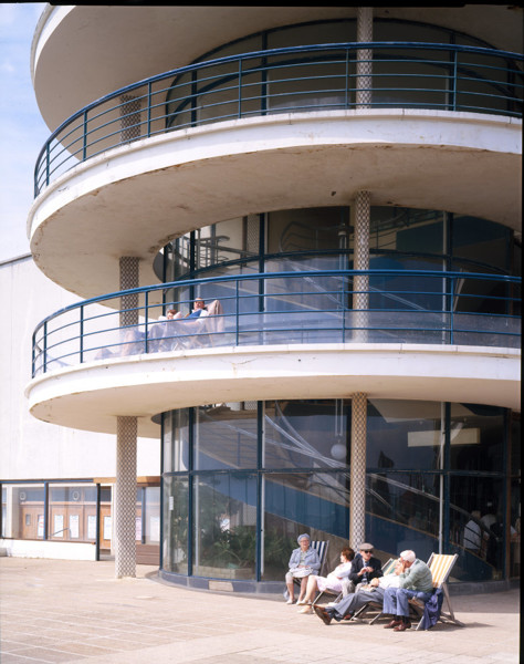 Picture of De La Warr Pavilion, Bexhill-on-Sea: the cantilevered stairwell
