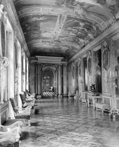 Picture of Hotel Lambert, Ile Saint Louis, Paris: the Galerie d'Hercule
