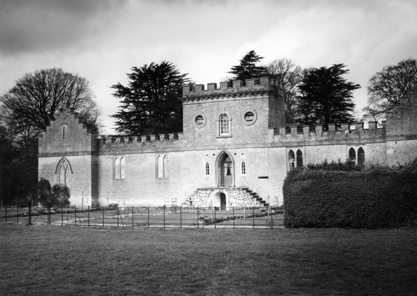 Picture of Cirencester Park, Gloucestershire: Ivy Lodge in the heart of the park surrounded by four polo grounds