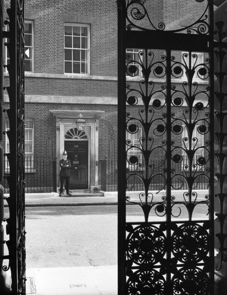 Picture of 10 Downing Street, Whiltehall, London: glimpse of the front door