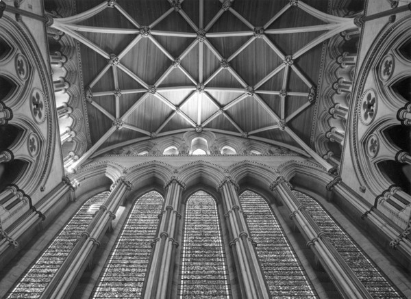 Picture of York Minster: the vault and the Five Sisters Window of the north transept