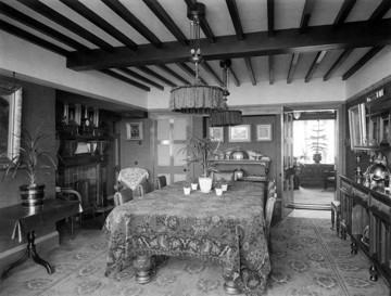Picture of Four-storey detached houses, New Brighton, Wirral, Cheshire: dining room