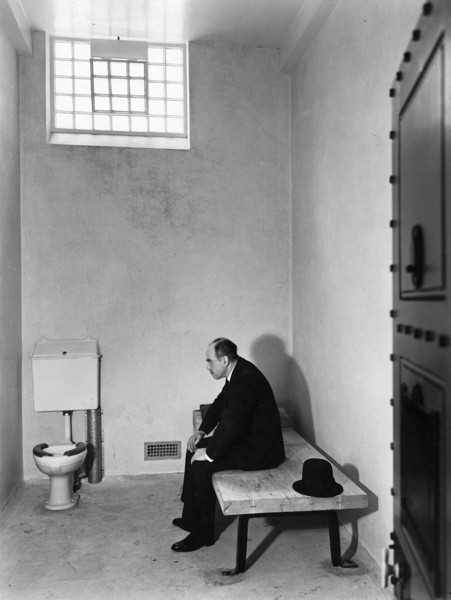 Picture of Civic Centre, Tunbridge Wells: cell in the police station