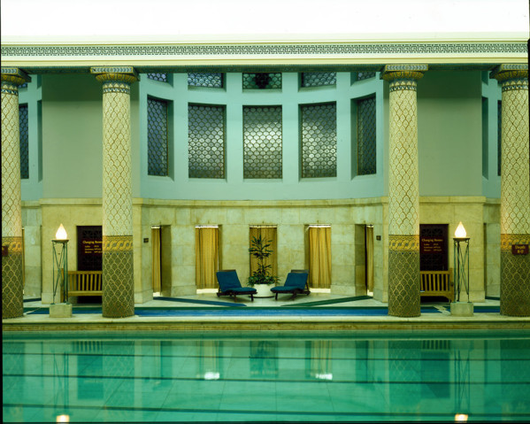 Picture of Royal Automobile Club, Pall Mall, London: the swimming pool