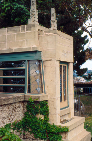 Picture of Aline Barnsdall residence - the Hollyhock House,  Olive Hill, Hollywood, Los Angeles