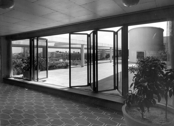 Picture of Royal Festival Hall, South Bank, London: the sliding, folding doors to sixth floor roof terrace