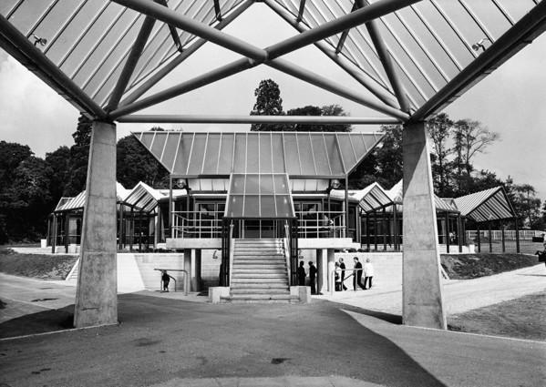 Picture of National Motor Museum, Beaulieu: Brabazon restaurant