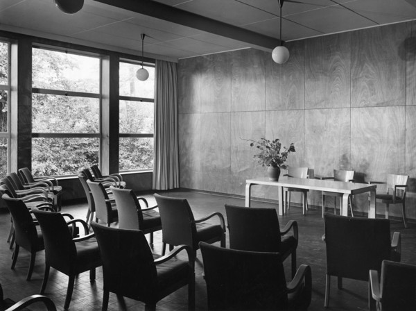Picture of Village College, Impington: the lecture room