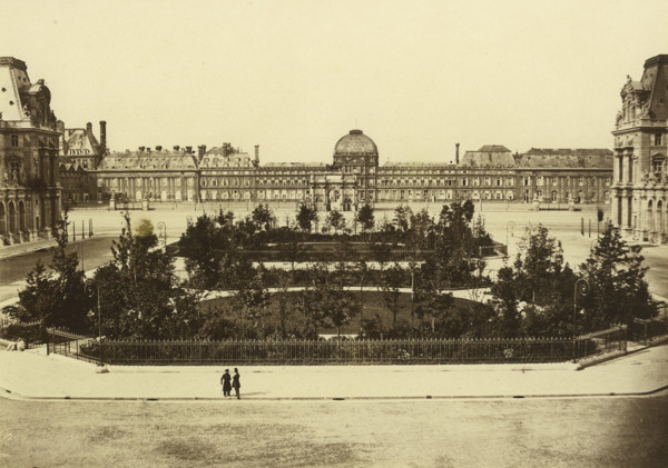 Picture of Palais des Tuileries, Paris, showing the Arc du Triomphe du Carrousel and a garden in the foreground