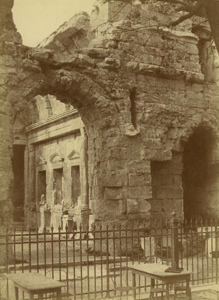 Picture of Amphitheatre, Arles