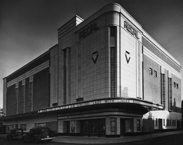Picture of ABC Regal cinema, Lord Street at the corner of Wellington Street, Southport, Merseyside
