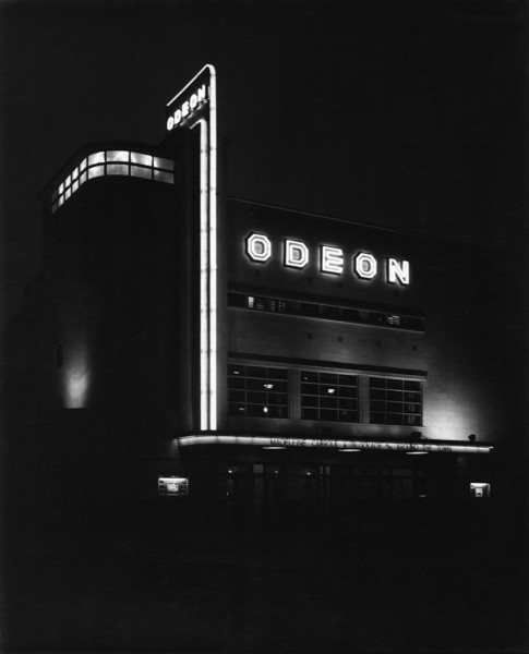 Picture of Odeon cinema, Kingston By-Pass and Burlington Road, Shannon Corner, New Malden, London, by night