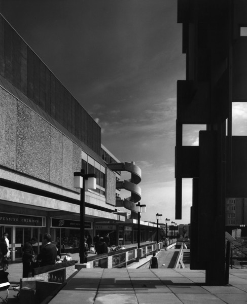 Picture of Friars Square Shopping Centre, Aylesbury, Buckinghamshire