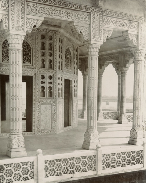 Picture of Agra Fort, Agra: the balcony of the Mussaman Burj or Octagonal Tower