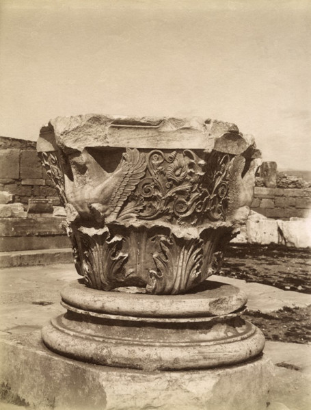 Picture of Augustan propylon, Askleplieion, Athens: a Corinthian capital