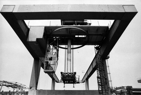 Picture of Special crane to handle freight containers
