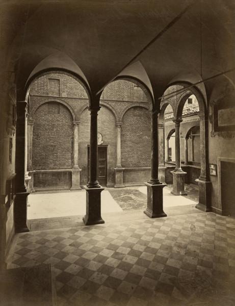 Picture of Casa di Santa Caterina, Contrada dell'Oca, Siena: the loggia