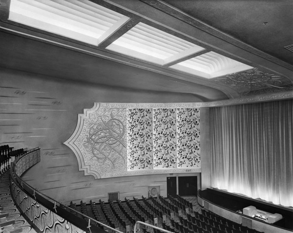 Picture of ABC Regal cinema, Bridlington, East Riding of Yorkshire: the auditorium seen from front of circle right