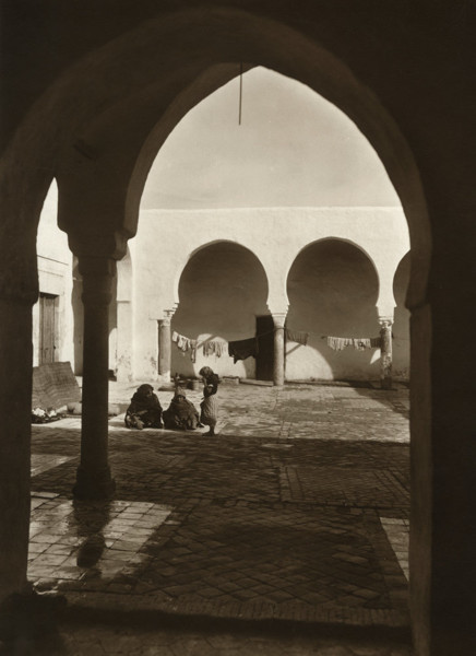 Picture of A courtyard, Tunis
