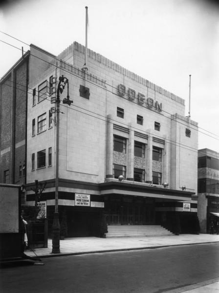 Picture of Odeon cinema, 19 Worple Road, Wimbledon, London