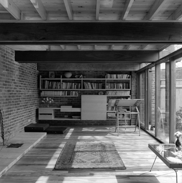 Picture of 15 Torriano Cottages off Leighton Road, Kentish Town, London: the architect's working space