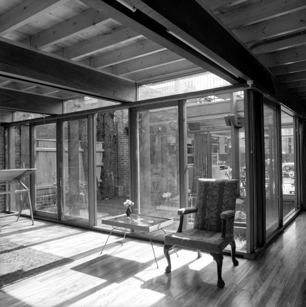 Picture of 15 Torriano Cottages off Leighton Road, Kentish Town, London: the architect's work space