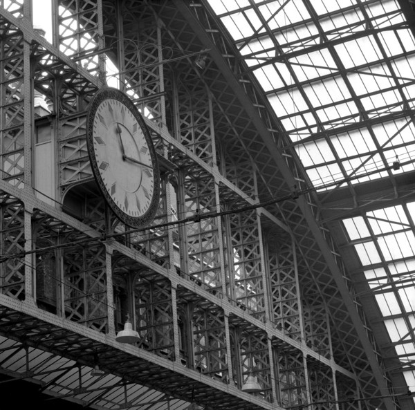 Picture of St Pancras Station, Euston Road, London: the train shed clock