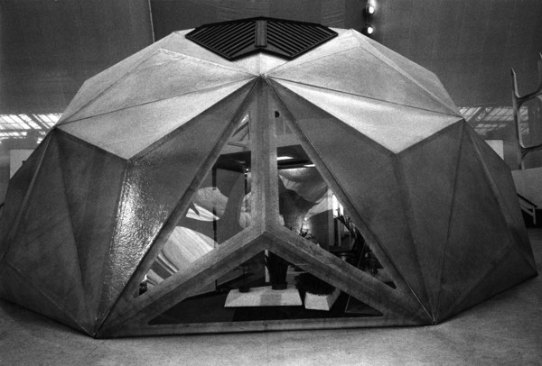 Picture of Solar dome house, Ideal Home Exhibition, Olympia, London