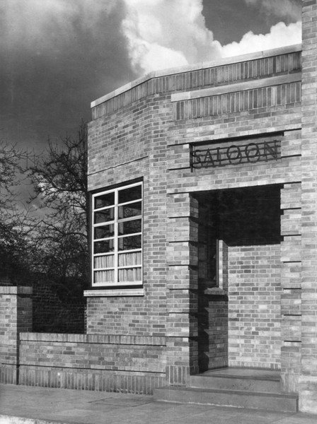 Picture of Adam & Eve public house, Uxbridge Road, Hayes, London: the saloon entrance