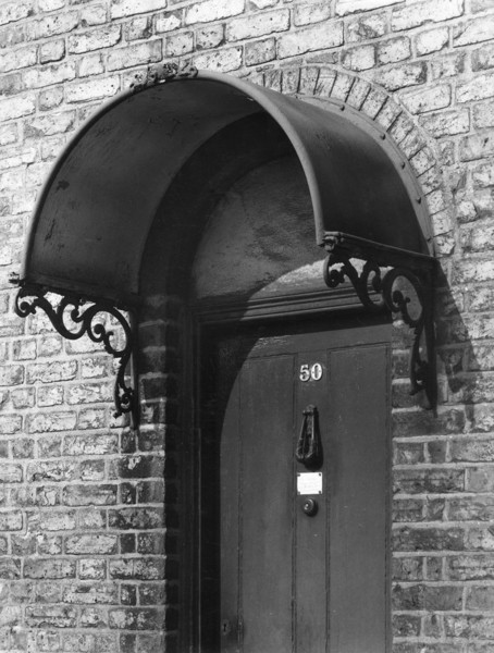 Picture of 50 Telegraph Place, Greenwich: a detail of the doorcase