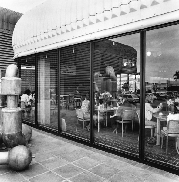 Picture of Habitat showroom, Wallingford, Oxfordshire, with sculpture by Eduardo Paolozzi on the left
