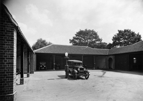 Picture of Windmill Press, Kingswood, Surrey: the garages