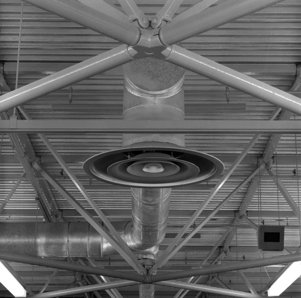Picture of Habitat warehouse, Wallingford, Oxfordshire: detail of the roof truss