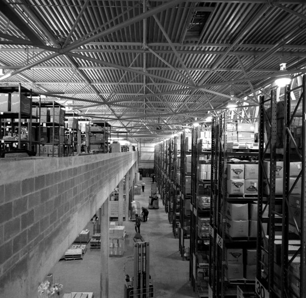 Picture of Habitat warehouse, Wallingford, Oxfordshire: the space frame structure above the storage area