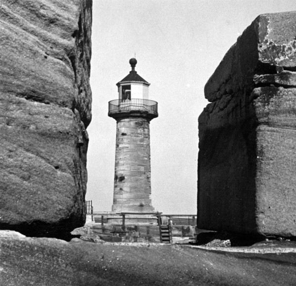Picture of East Pier lighthouse, Whitby, North Yorkshire