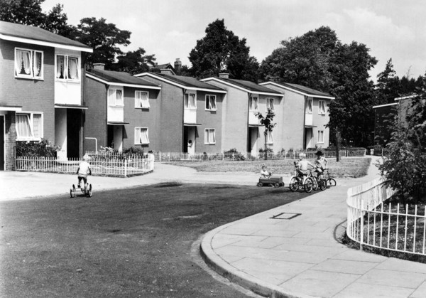 Picture of Alton East Estate, Roehampton, London: the terraced houses in Horndean Close